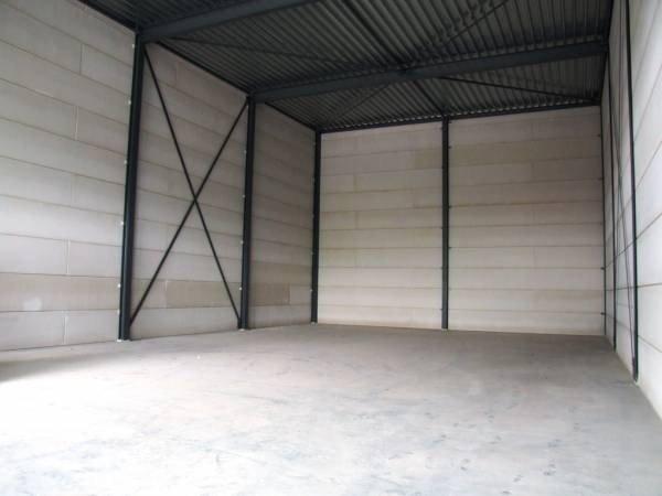 Bedrijfsruimte met kantoor op bedrijventerrein papland gorinchem - Kantoor met geintegreerde opslagruimte ...